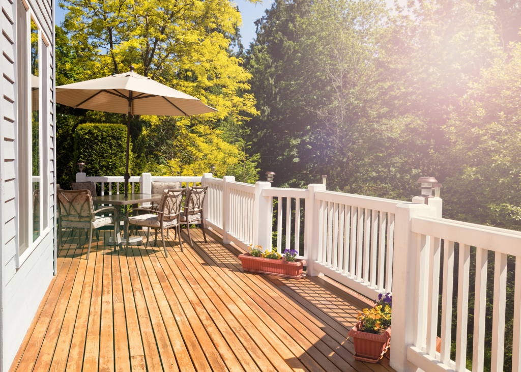 outdoor deck space