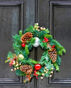 Preparing the Exterior of Your Home for the Holidays