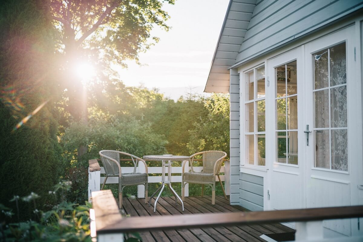 home exterior backyard deck